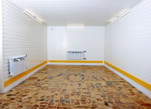 Чем отделать стены в гараже: 9 лучших материалов