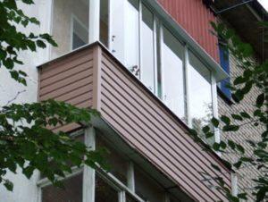 9 материалов для отделки пола на балконе и лоджии