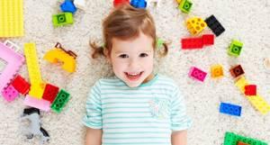 9 материалов для отделки пола в детской