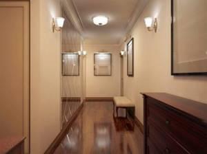 6 советов по организации освещения в коридоре квартиры и дома